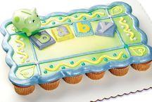 cupcake cakes / by Brenda Thomas
