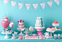 Planning a Bridal Shower / by Hermelinda Simon
