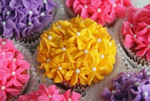 Cake, Cookie, Cupcake Decorating  / by Leah Ward
