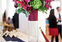 Milwaukee Wedding Flowers / Wedding flowers produced exclusively by Milwaukee florists. / by Married In Milwaukee