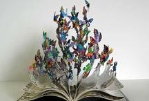 Books Worth Reading / by Lexi Elizabeth Earle