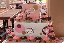 cupcakes! / by Desirée Mills