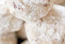 Cookies / by Dina Woodard