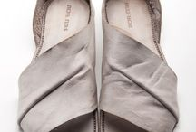 Shoes I love / by Loias