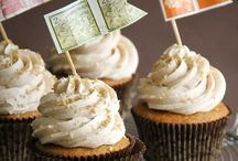 Cupcakes / by Elena Rosenthal