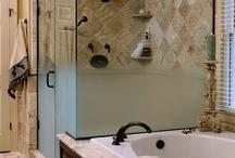 Bathroom Designs / by Beatrice Gonzalez