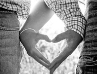 Engagement Picture Ideas / by Renee R