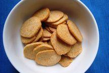 FOOD - snacks / by Deirdre Long