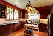 Craftsman Style Homes / by Cottage Neighborhood