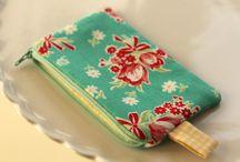 costura / bolsos, monederos, estuches para lapices... / by Rosa Rosales
