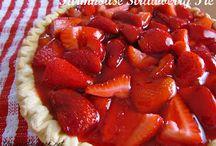 Cakes & Pies / by Carolyn Prescott