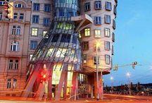 Art lessons Architecture / by Jolene Navarro