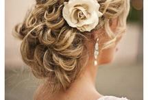 Hairdos I Love / by Leila Salazar Sanchez