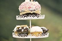 Cupcakes / by Qx Yan