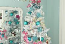 Christmas -- Trees - White / white christmas tree ideas / by Mariel Hale