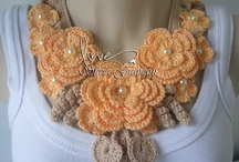 Crochet accessories and bags / by Amal Itani