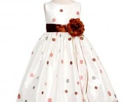 Flower girl dresses / by SophiasStyle