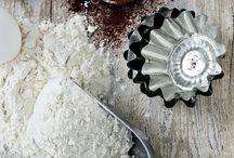 Baking / by Seda Sayman