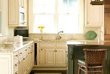 Kitchen ideas / by Shelley Stobee