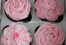 Cupcakes / by Jami Pearson