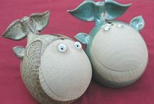 Pottery Ideas / by Gillian Cossins