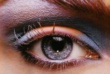 makeup / by Sofia Romani