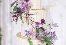 wedding cakes / by Shauna Carter Ricord