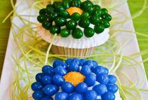 Cakes/Cupcakes / by Irma Perez