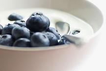 Healthy Snacks Under 200 Calories / by Sandra Visentin