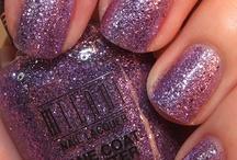 Nail colors and styles / by Kimberly Izatt