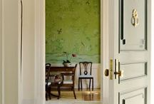 Foyers and Nooks / by Elizabeth Hudson