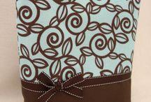 Sewing - Purses, Bags & Boxes / by Deborah