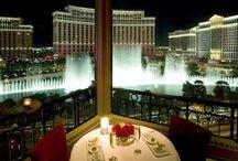 Vegas / by Leslie Nichols