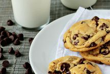 Make This! - Cookies & Bars / by Allison Jagunic