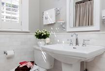 Bathroom / by Bethany Feicht