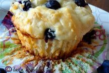 Muffins and breakfast goodies / by Kathy Alyea