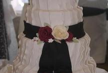 ruffled cakes / by A Cake To Remember LLC --Kara Buntin