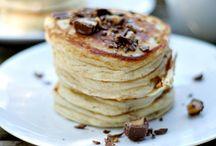 Breakfast Ideas / by Roxanne Branstetter