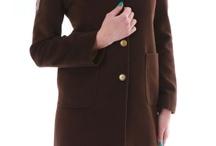 Womens Coats / Представителките на нежния пол са особено взискателни при избора си на палто. Ето защо дамските палта се срещат в най-разнообразни модели - вталени палта, силно разкроени варианти, палта с коланчета, с едноредно или двуредно закопчаване. Дължината на дамските палта варира. Мини вариантите достигат до средата на бедрото. Те са изключително функционални и удобни, което ги прави любим избор за дамите. Дългите до земята палта са подходящи за по-елегантна визия. / by Damski Drehi