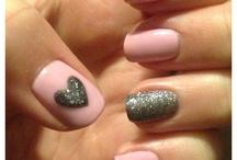 Nails / by Julie Terenzi