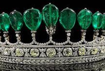 crowns / by Lana Lansford Somerville