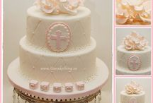 Cakes Comunione  / by Adriana Stadie