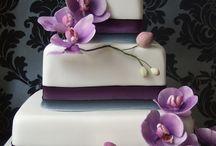 Beautiful Cakes - Purples, Black & White / by Priscilla Hernandez