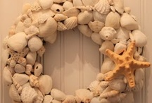 wreaths / by Leslie Olguin