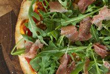 Pizza / by Michelle Esposito