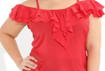 Plus Looks - Tops / plus size woman tops, blouses, tees / by Danna Niv