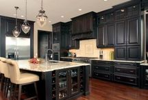 Black paint / Projects, home decor and more with black paint / by Domestically Speaking