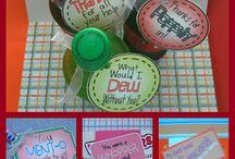 Gift Ideas / by Jenifer Stewart