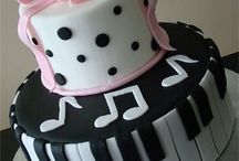 Cool Cakes! / by Christine V Romero