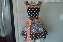 I Love Aprons / by Angie Atwood